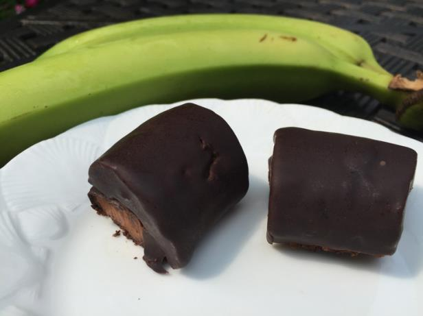 Chocolate-coated Green Banana Bites
