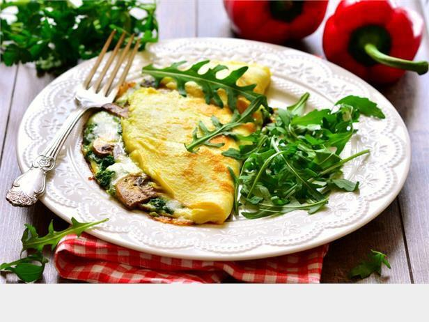 Spinach, Mushroom, and Cheese Omelet